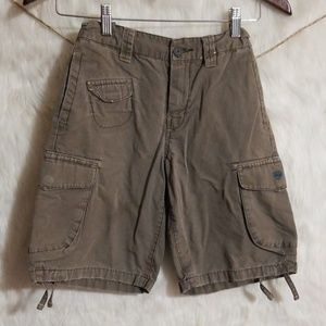 Boys Old Navy cargo shorts size 7